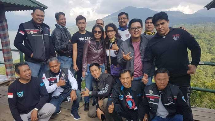 Touring dan Bakti Sosial Panti Sosial Tresna Werdha Buleleng