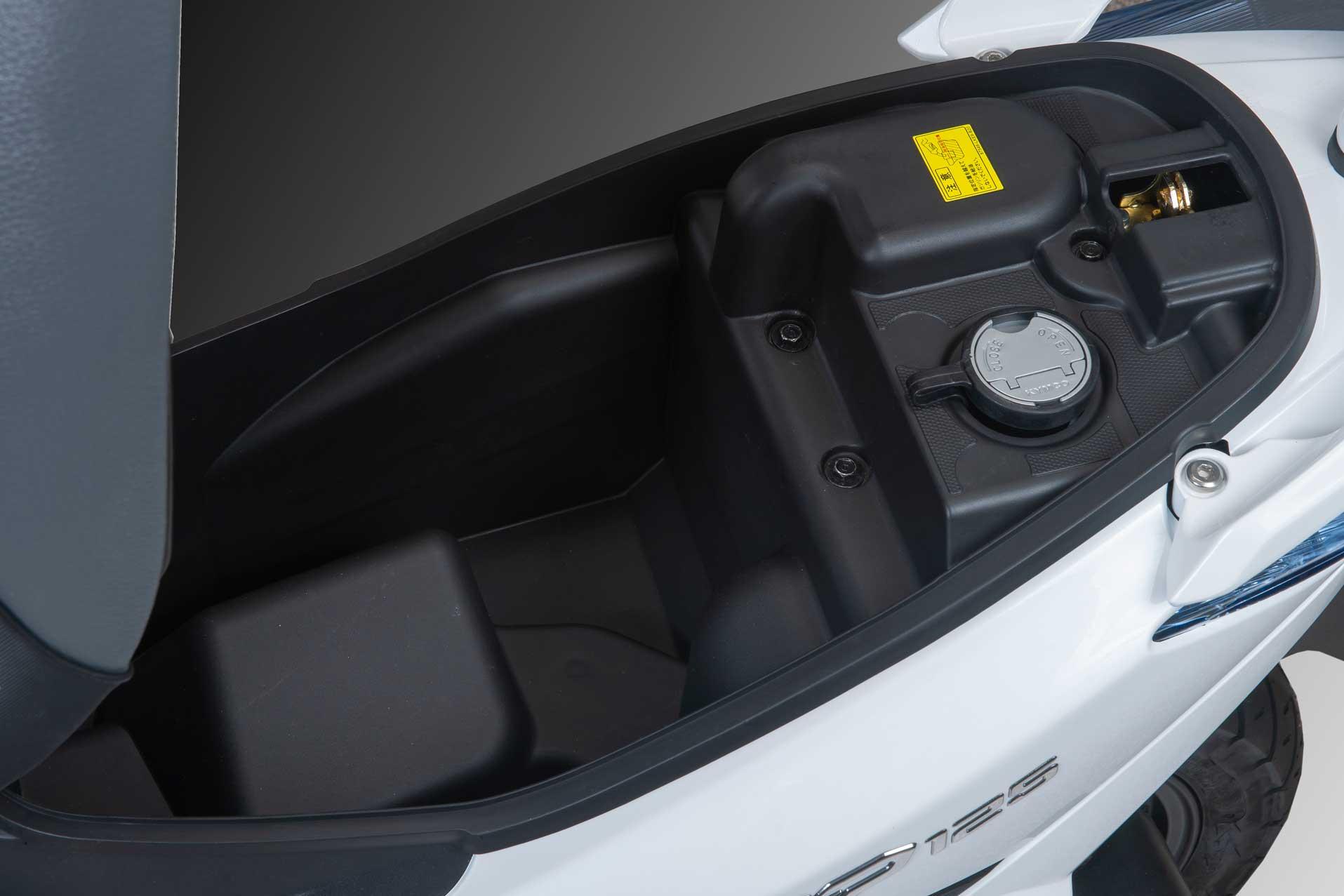 bagasi dan tanki bensin gp 125